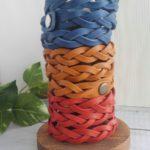 三つ編みブレスレットタワー